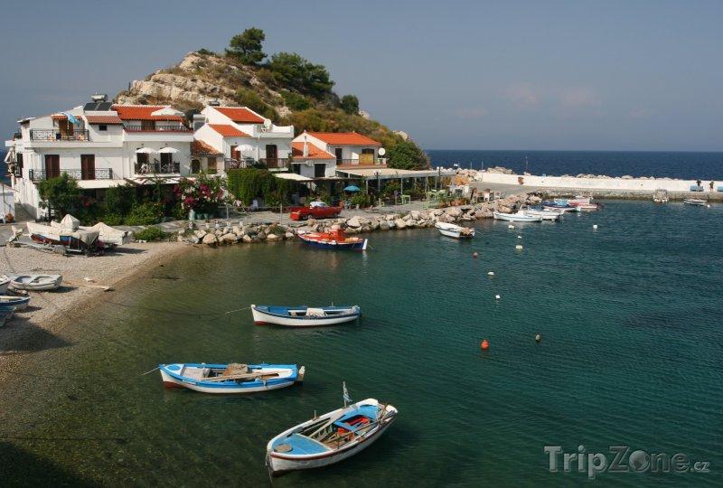 Fotka, Foto Přístav v městečku Kokkari (Samos, Řecko)