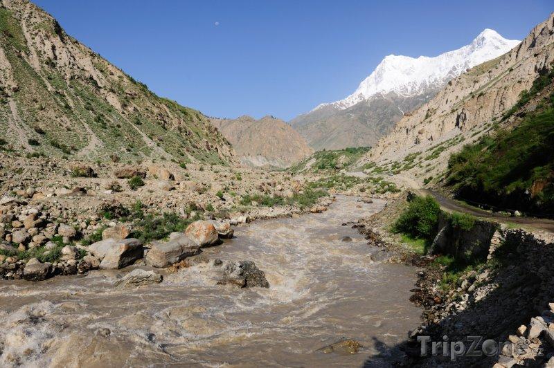 Fotka, Foto Řeka a hora Nanga Parbat (Pákistán)
