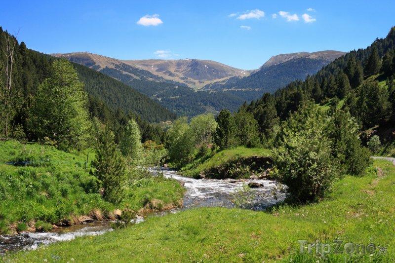 Fotka, Foto Řeka v horském údolí (Andorra)