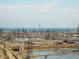 Ropná pole polbíž Baku