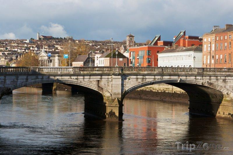 Fotka, Foto St Patrick's Bridge v Corku (Irsko)