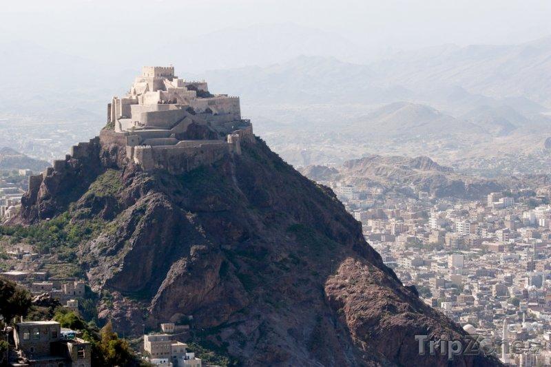 Fotka, Foto Stará pevnost nad městem Taiz (Jemen)