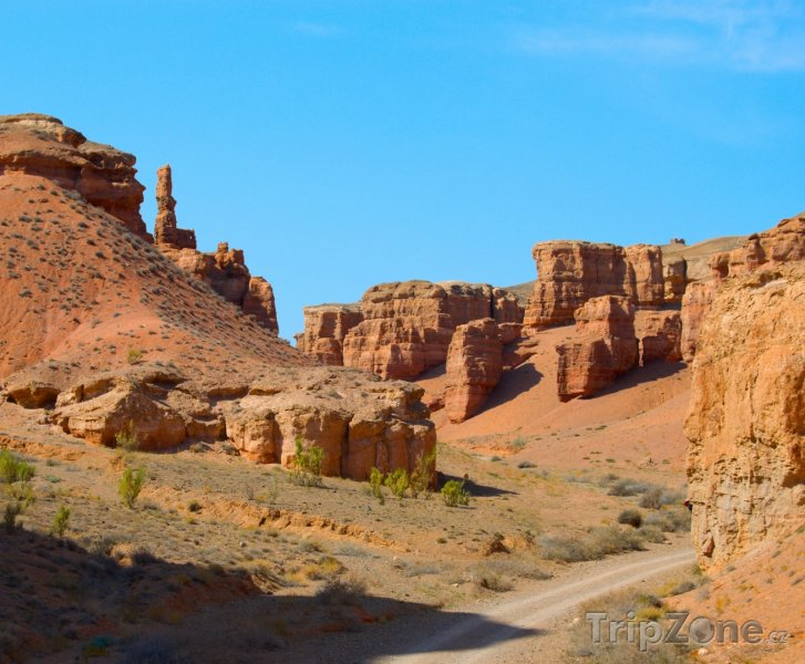 Fotka, Foto Údolí v kaňonu Charyn (Kazachstán)