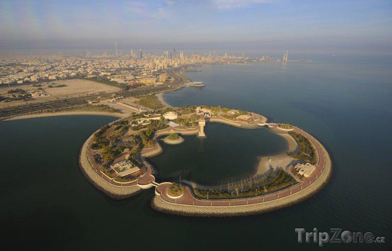 Fotka, Foto Uměle vytvořený ostrov (Kuvajt)