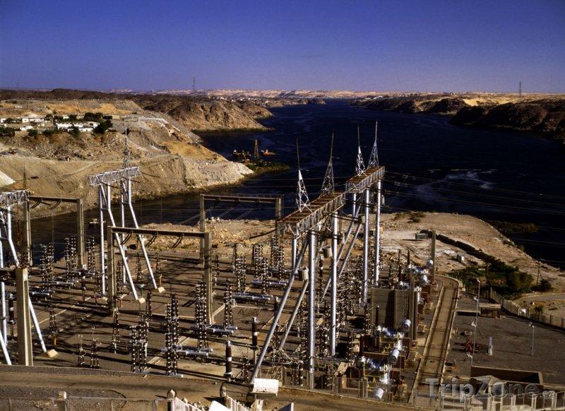 Fotka, Foto Vysoká Asuánská přehrada (Asuán, Egypt)