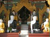 Buddhové ve Šweitigoumské pagodě