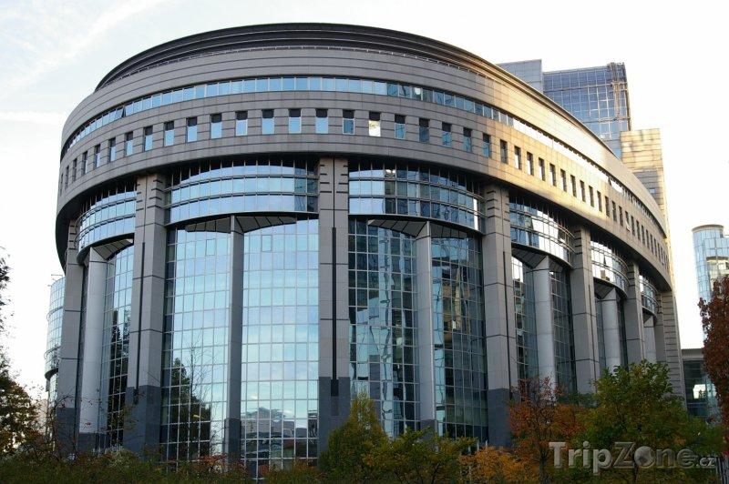 Fotka, Foto Budova Evropského Parlamentu (Brusel, Belgie)