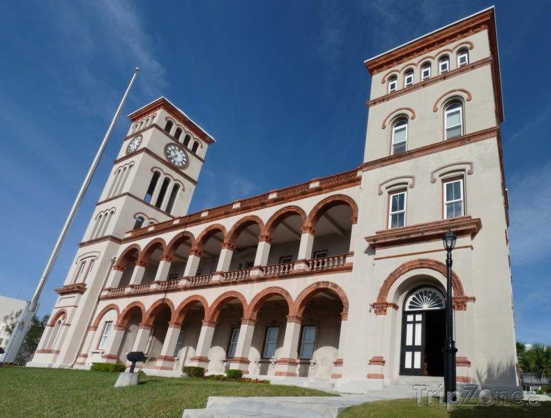 Fotka, Foto Budova parlamentu v Hamiltonu (Bermudy)