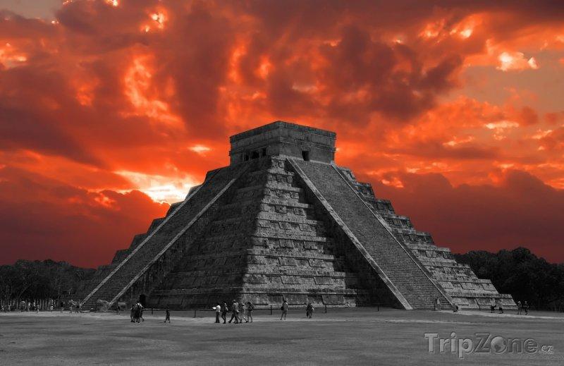 Fotka, Foto Chichén Itzá, Kukulcánova pyramida (Mexiko)