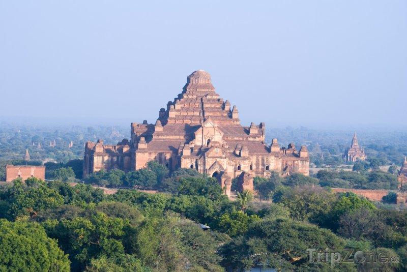 Fotka, Foto Chrám Dhammayangyi v Baganu (Barma)