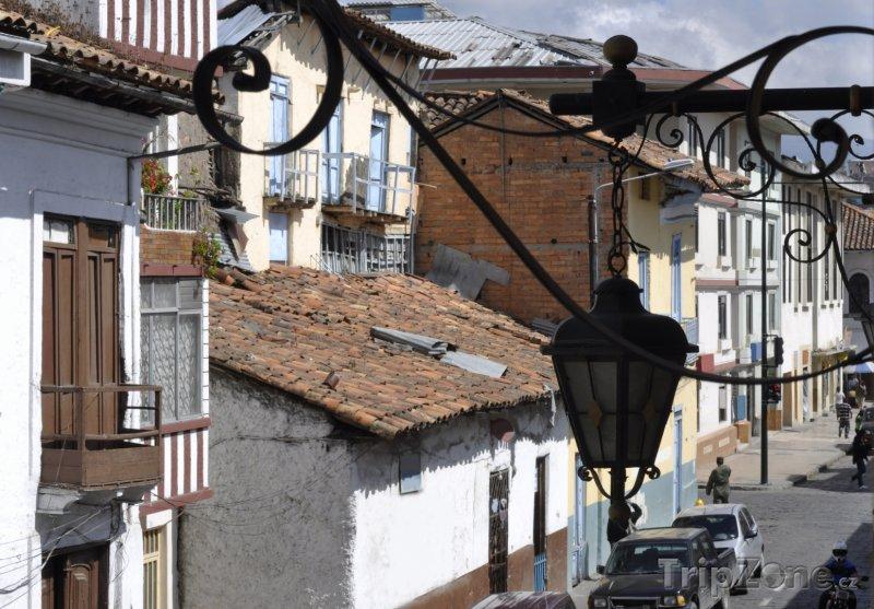 Fotka, Foto Domy ve městě Cuenca (Ekvádor)