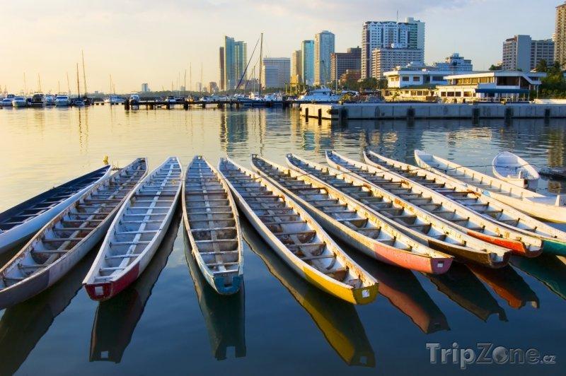 Fotka, Foto Dračí lodě v Manila Bay (Filipíny)