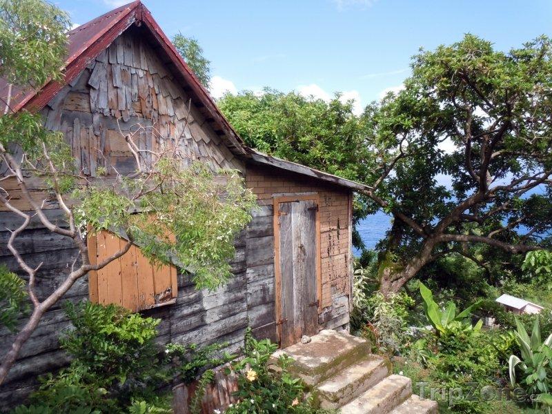 Fotka, Foto Dřevěný domek (Dominika)