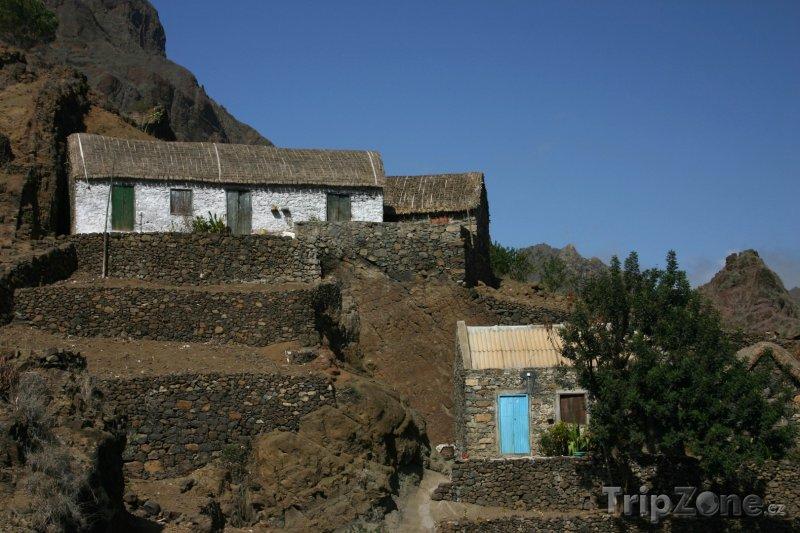 Fotka, Foto Farmářské domy na ostrově Santo Antão (Kapverdy)