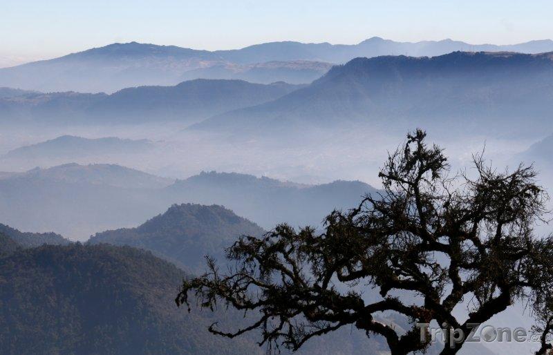 Fotka, Foto Hory poblíž města Quetzaltenango (Guatemala)