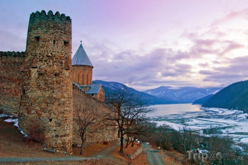 Fotka, Foto Hrad Ananuri (Gruzie)