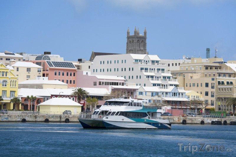 Fotka, Foto Jachta v Hamiltonu (Bermudy)