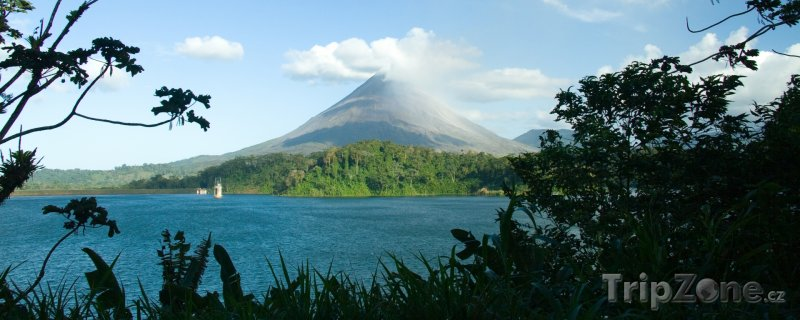 Fotka, Foto Jezero Arenal a vulkán Arenal (Kostarika)