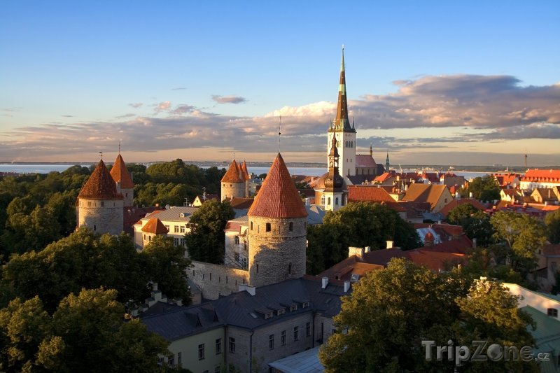 Fotka, Foto Kadriorg, presidentský palác v Tallinnu (Estonsko)