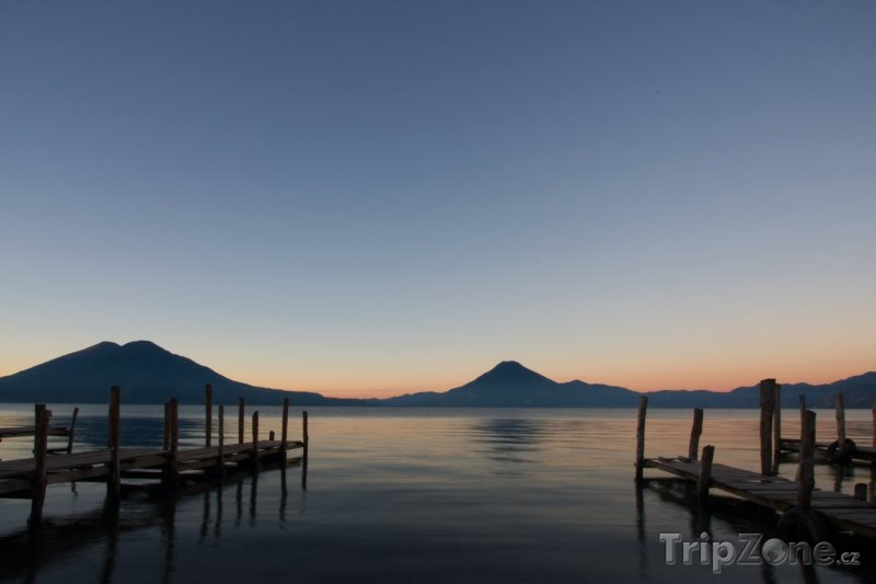 Fotka, Foto Kalderové jezero Atitlán (Guatemala)