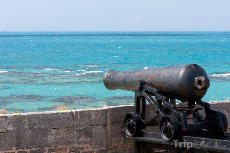 Fotka, Foto Kanon v pevnosti (Bermudy)