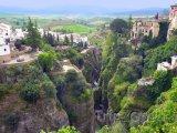 Kaňon ve městě Ronda