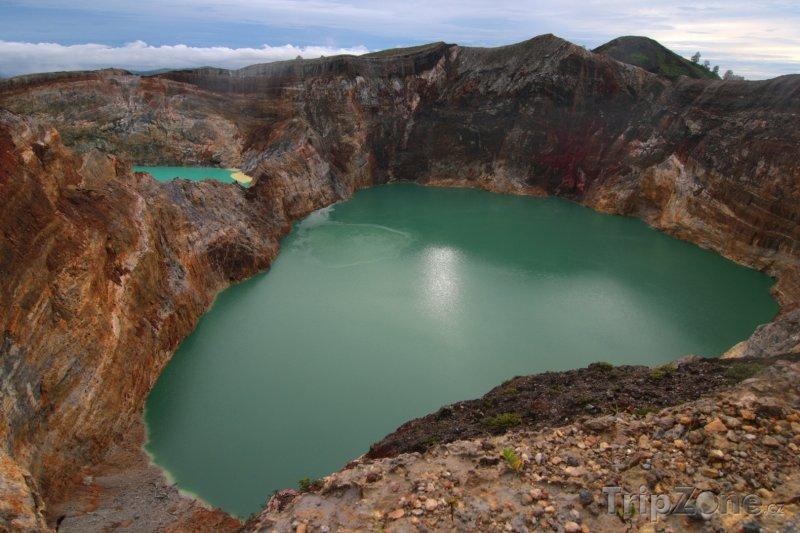Fotka, Foto Kráter vulkánu Kelimutu na ostrově Flores (Indonésie)