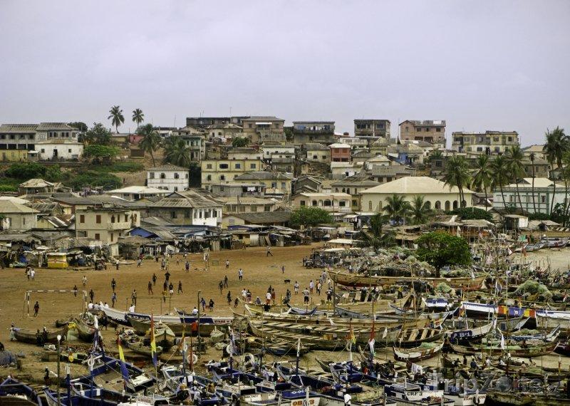 Fotka, Foto Lodě na pláži v Accře (Ghana)