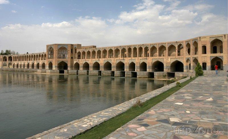Fotka, Foto Most 33 oblouků v Isfahánu (Írán)