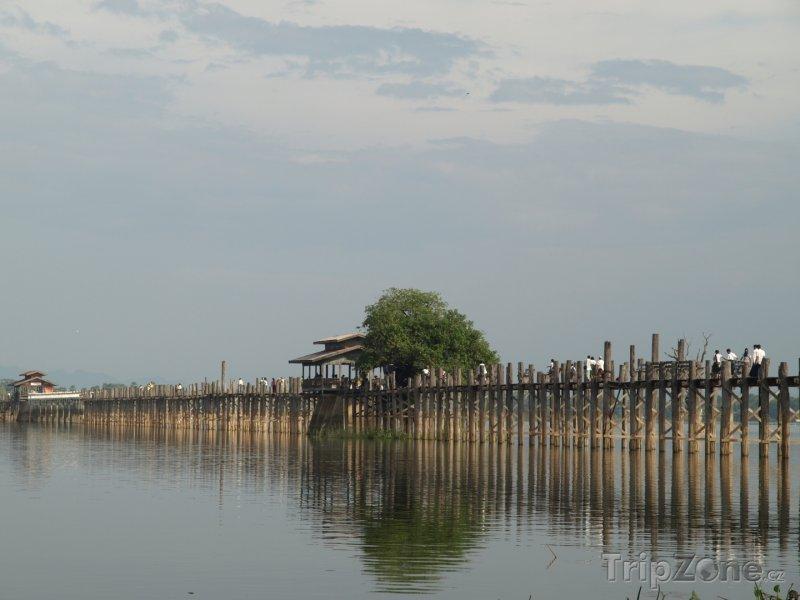 Fotka, Foto Most U Bei ve městě Amarapura (Barma)