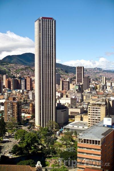 Fotka, Foto Mrakodrap Colpatria Tower v Bogotě (Kolumbie)