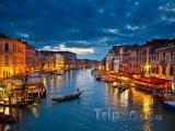 Noční Grand Canal
