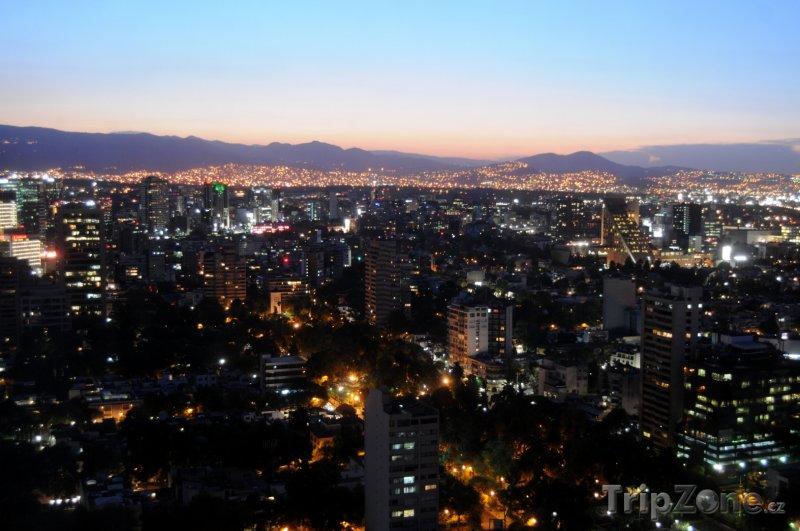 Fotka, Foto Noční Mexiko City (Mexiko)
