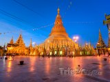 Osvětlená Šweitigoumská pagoda