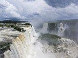 Panorama vodopádů Iguazu