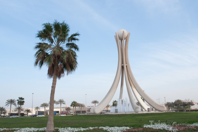 Fotka, Foto Perlový monument v Manámě (Bahrajn)