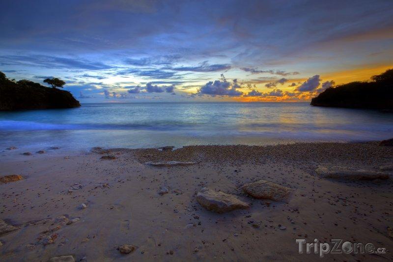 Fotka, Foto Pláž Jeremi v západu slunce (Curacao)