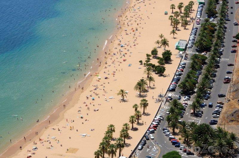 Fotka, Foto Pláž Playa de Las Teresitas na Tenerife (Španělsko)