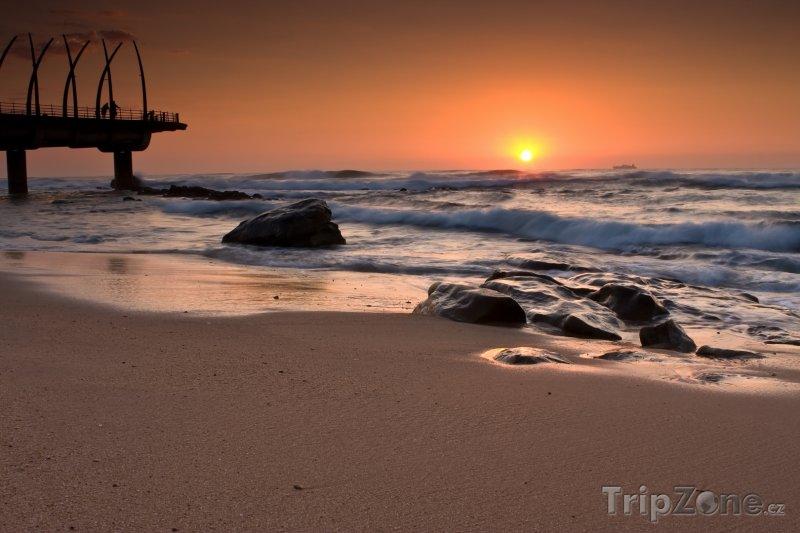 Fotka, Foto Pláž ve městě Umhlanga (Jihoafrická republika)