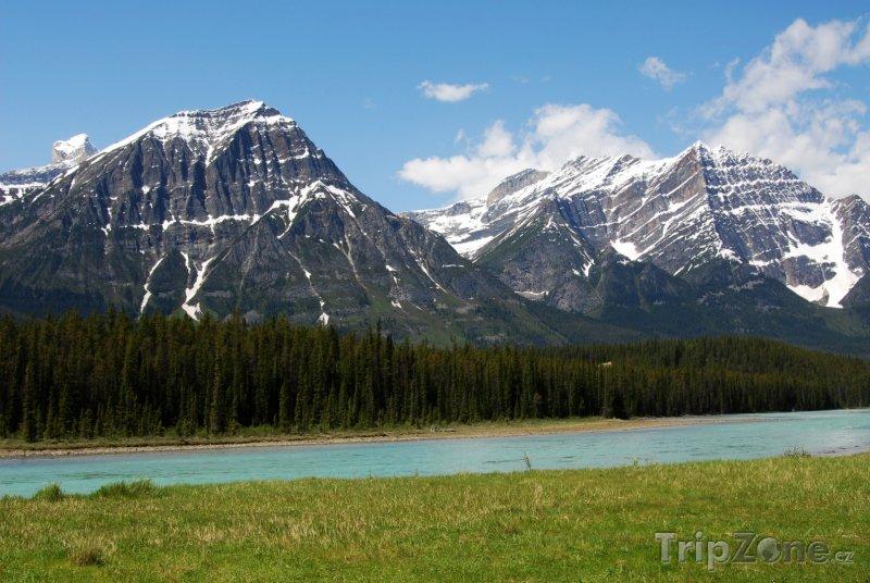 Fotka, Foto Pohoří v národním parku Jasper (Kanada)