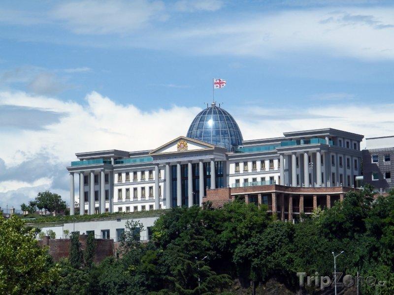 Fotka, Foto Prezidentský palác v Tbilisi (Gruzie)