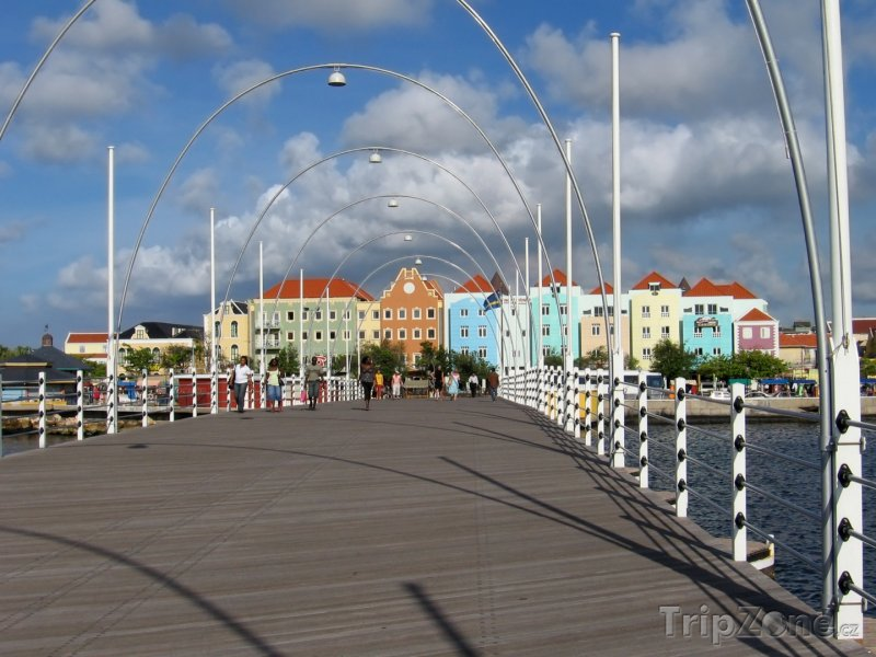 Fotka, Foto Queen Emma bridge ve Willemstadu (Curacao)