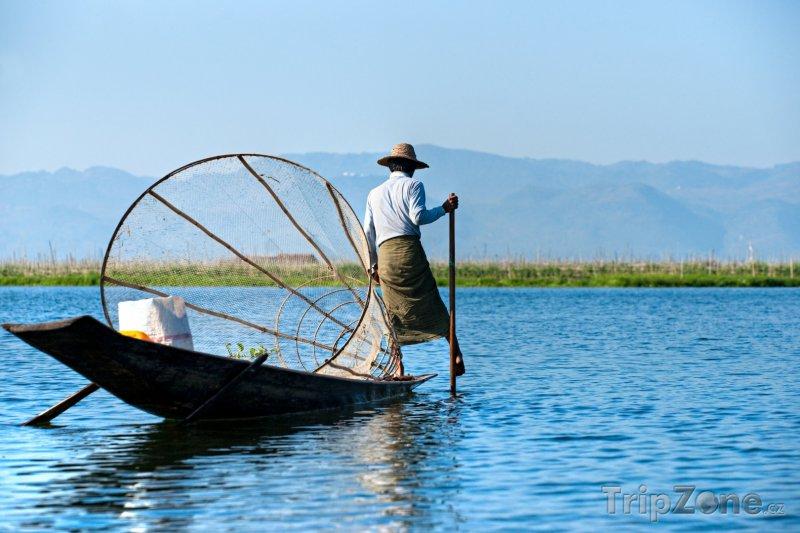 Fotka, Foto Rybář na jezeru Inle (Barma)