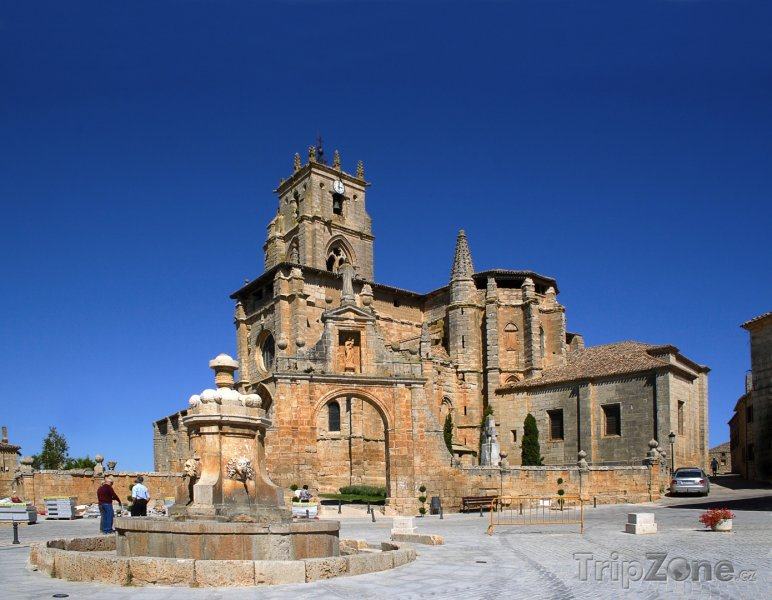Fotka, Foto Sasamón, Iglesia de Santa Maria la Real (Španělsko)