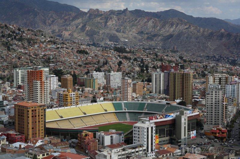 Fotka, Foto Stadion Hernando Siles (Bolívie)