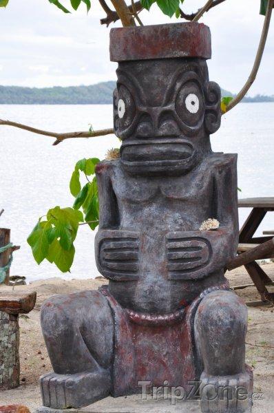 Fotka, Foto Tiki, Dřevěná socha boha plodnosti (Francouzská Polynésie)