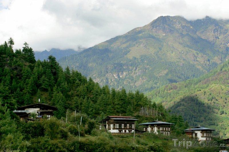 Fotka, Foto Tradiční domy v horách (Bhútán)