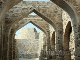 Ulička v pevnosti Qal'at al-Bahrain