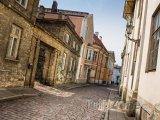 Ulička v Tallinnu