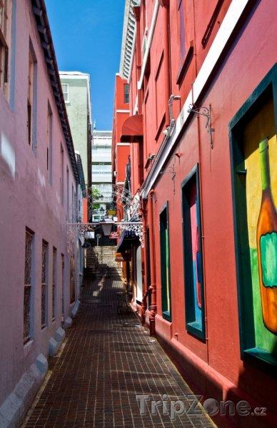 Fotka, Foto Ulička ve městě St. George's (Bermudy)
